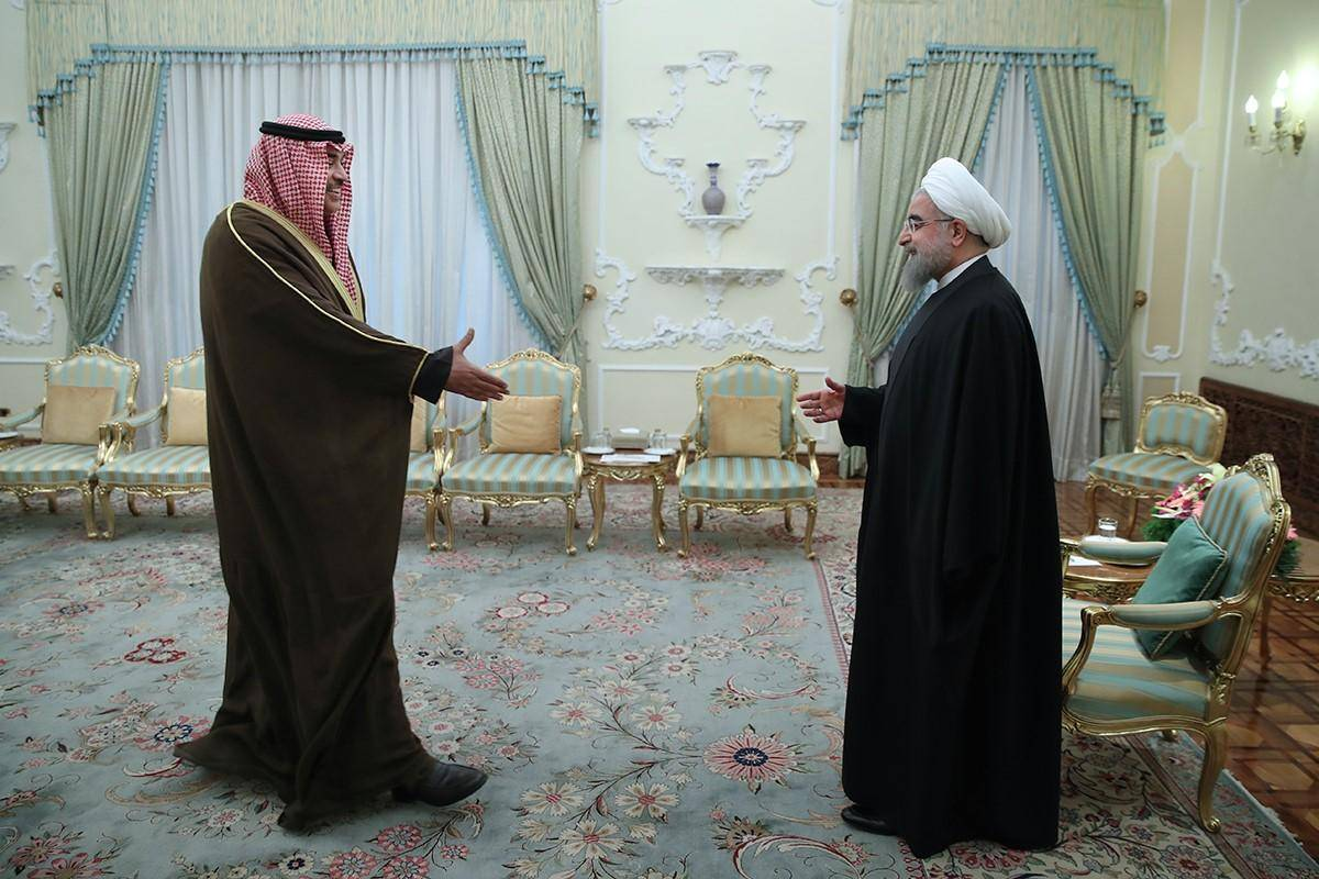 Iranian President Hassan Rouhani meets with Kuwait's Foreign Minister Sabah Al-Khalid Al-Sabah during his official visit, at the presidential palace in Tehran, Iran, 25 January 2017.